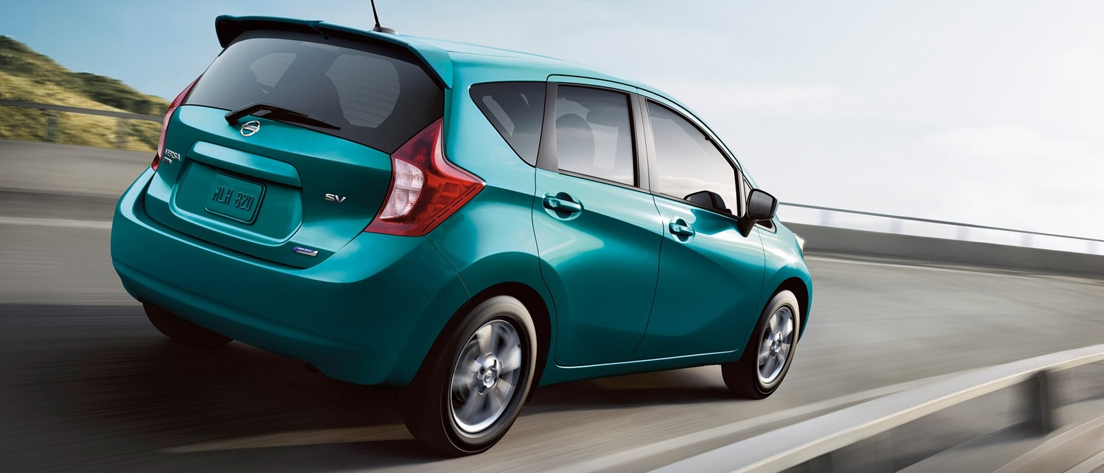 2016-nissan-versa-note-rear-profile-teal