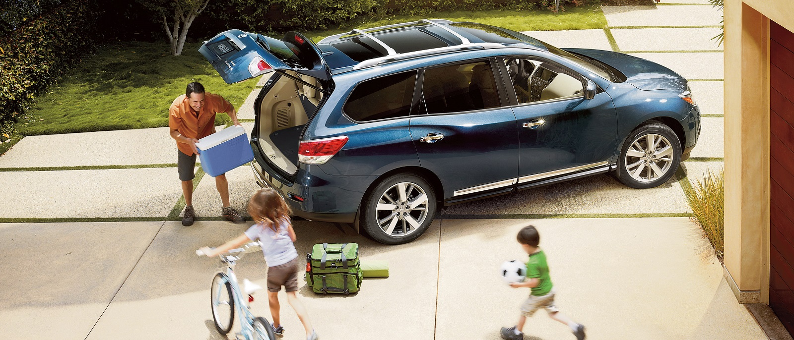 2016 Nissan Pathfinder Blue