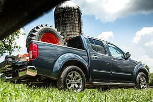The 2018 Nissan Frontier Comes Standard With A 2.5L 4 Cylinder Engine,  Generating 152 Horsepower And Producing 171 Lb Ft Of Torque.