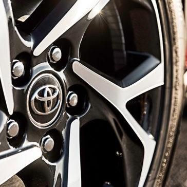 2018 Toyota C-HR wheel