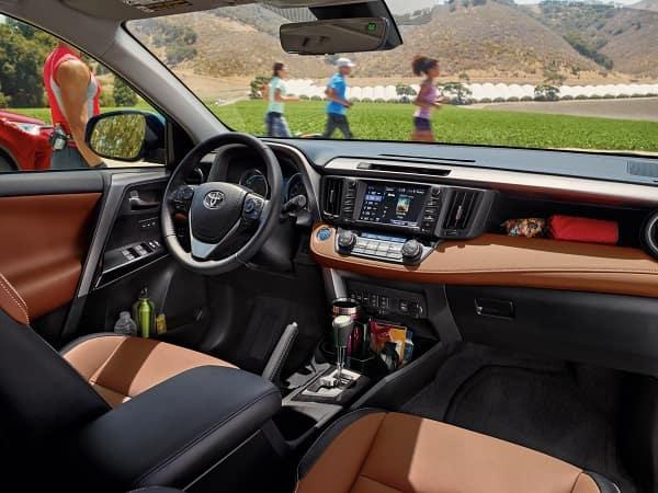 Toyota Rav4 Hybrid interior 2018