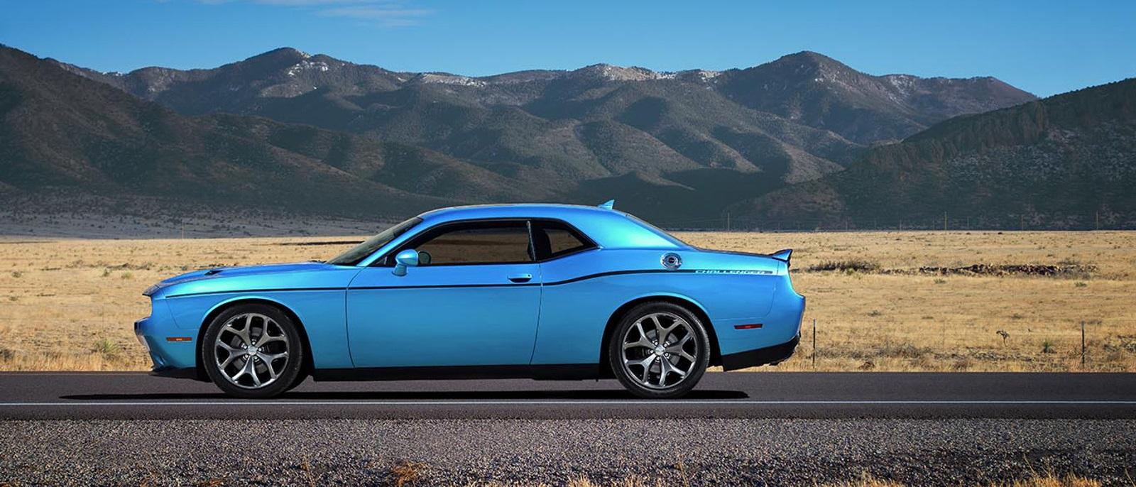 2015 Dodge Challenger Side