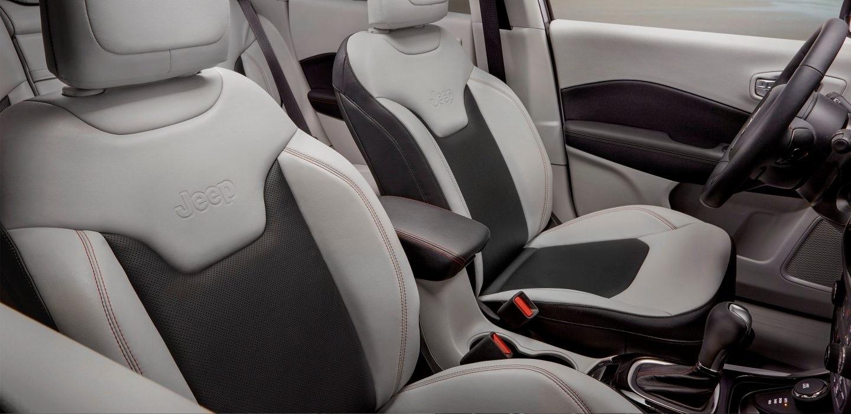 2017 Jeep Compass Interior seats