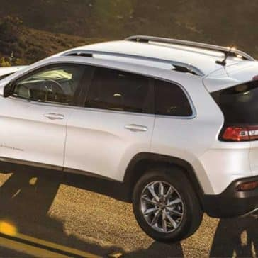 White 2018 Jeep Cherokee