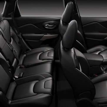 2018 Jeep Cherokee Cabin space