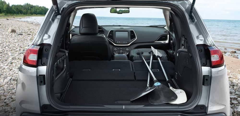 2018 Jeep Cherokee rear storage cargo space