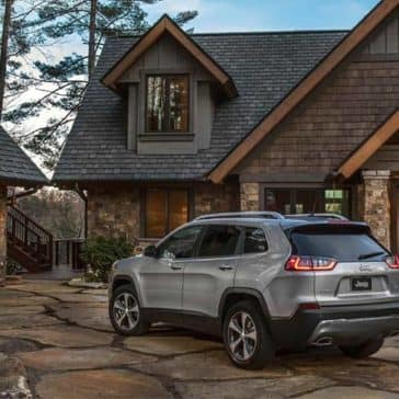 2019 Jeep Cherokee Limited rear exterior