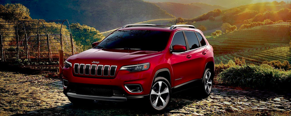 2019 Jeep Cherokee Parked by a Mountain