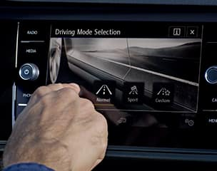 8 touchscreen navigation