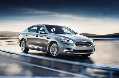 2017 Kia K900 - silver - Carriage Kia
