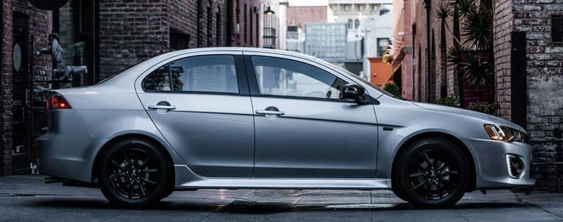 Best Awd Sedans >> 2018 Mitsubishi Lancer Es Vs Le Vs Se Sel Trim Levels Which Is Best