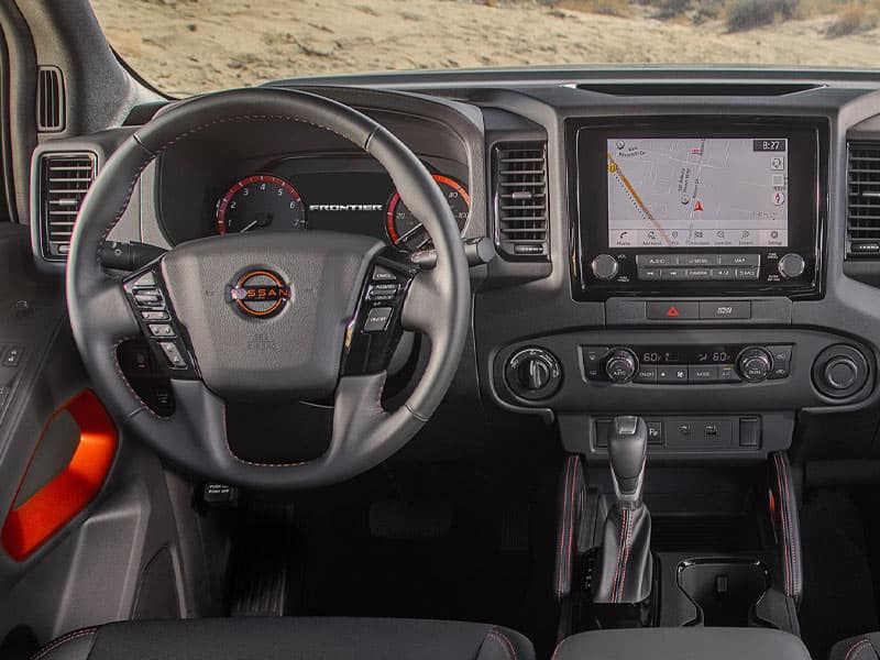 2022 Nissan Frontier interior comfort and technology