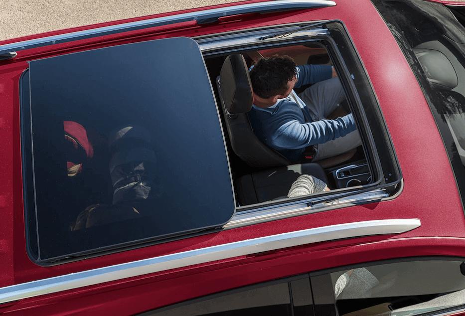 2018 Chevy Equinox panoramic roof