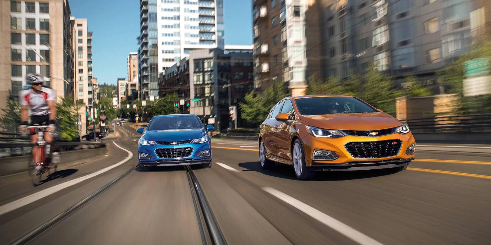 2018 Chevrolet Cruze Sedan and Hatch