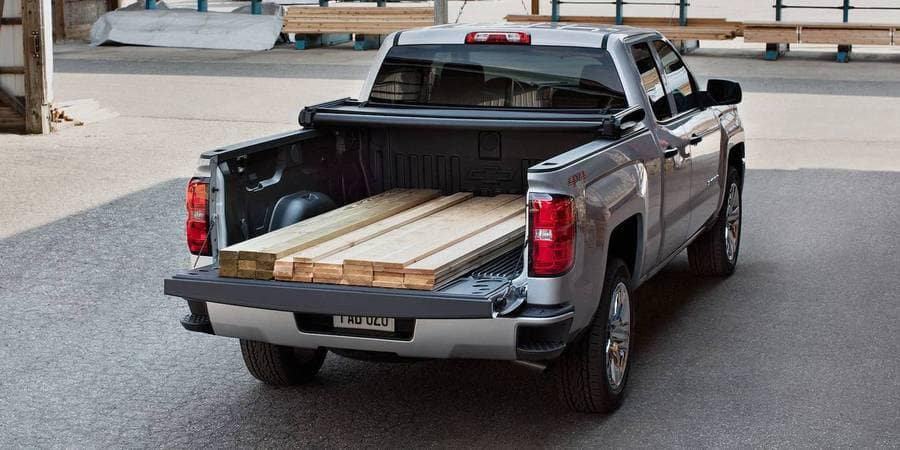 2018 Chevrolet Silverado Loading