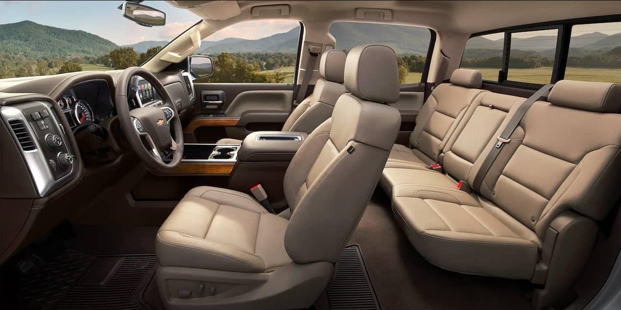 2018 Chevrolet Silverado 2500HD interior cabin