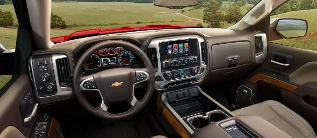 interior cabin on 2018 Chevrolet Silverado 1500 - dashboard