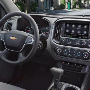 2019 Chevrolet Colorado interior dashboard