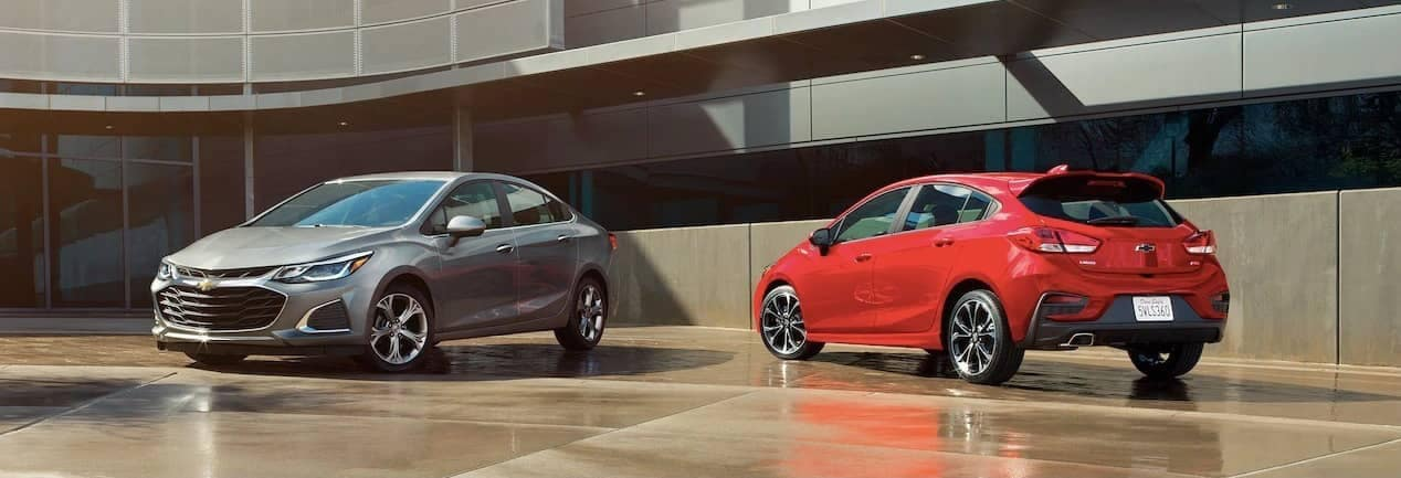 2019 Chevrolet Cruze sedan and hatchback banner