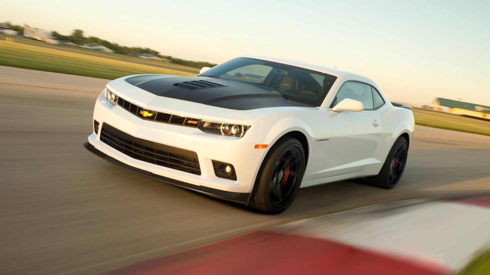 Discover the 2014 Chevy Camaro SS at Cox Chevrolet