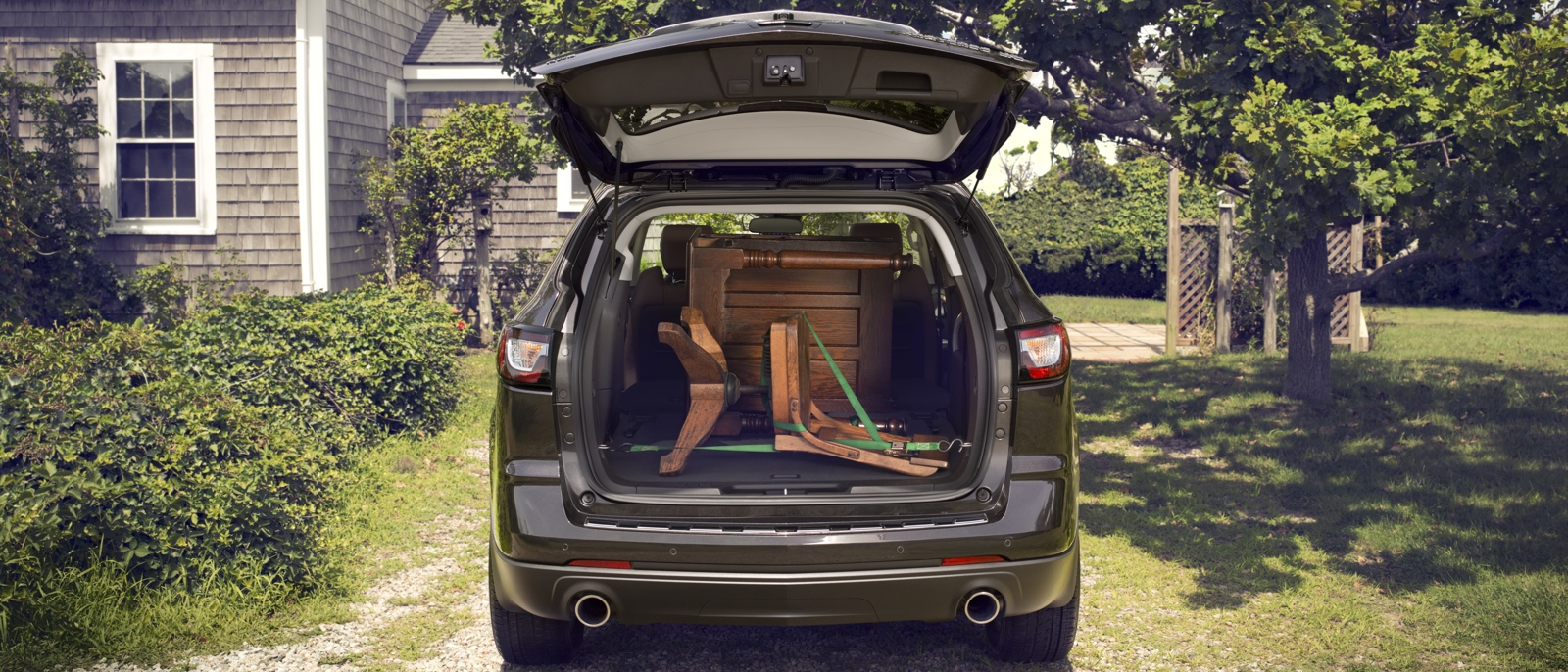 2015 Chevrolet Traverse Rear Cargo Capacity with furniture