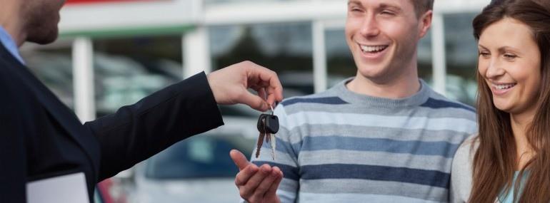 Couple getting car keys 14077991