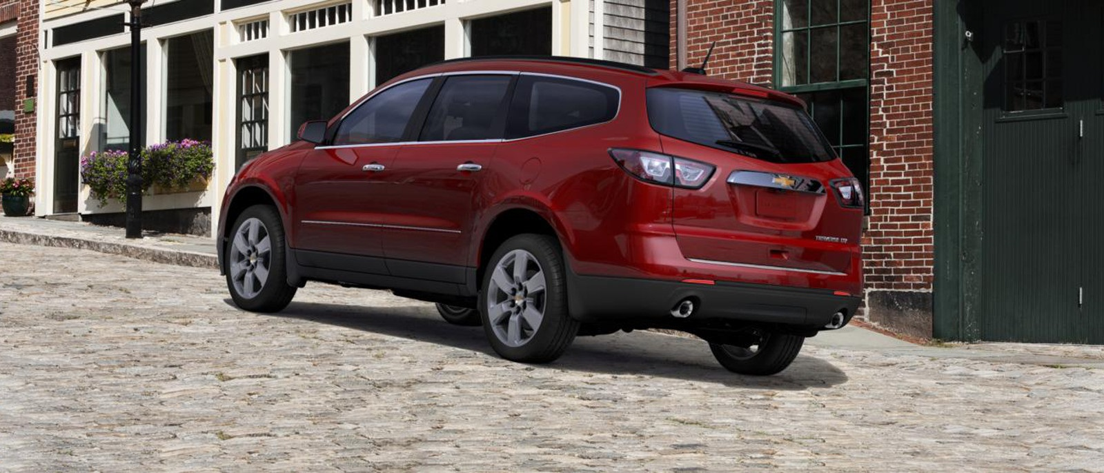 2016 Chevrolet Traverse back view