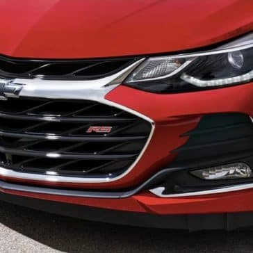 2019 Chevrolet Cruze front exterior up close