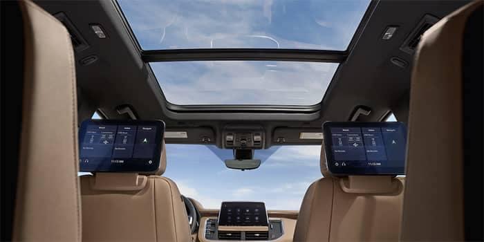 2021 Chevy Suburban Interior Media Features