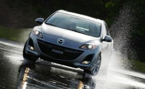 2014 Mazda3 4-door model