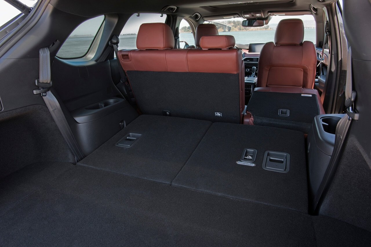 2017 Mazda CX 9 cargo space