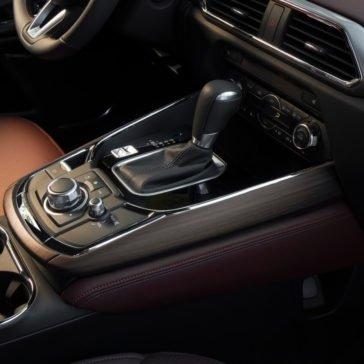 2017 Mazda CX 9 console