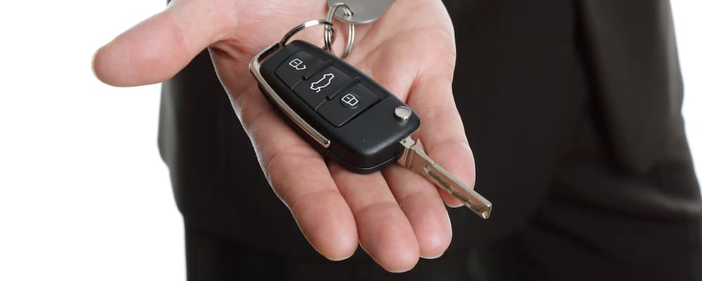How to Open a Mazda Key Fob and Replace Battery - Service