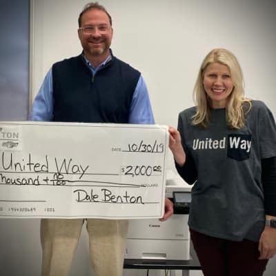 Dale Benton and Carrie Thomas United Way Dontation