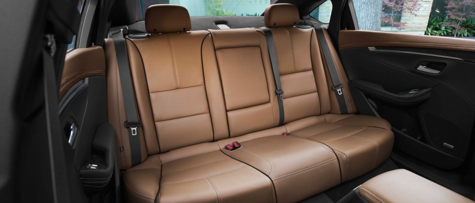 2015-Chevy-Impala-Rear-Seats