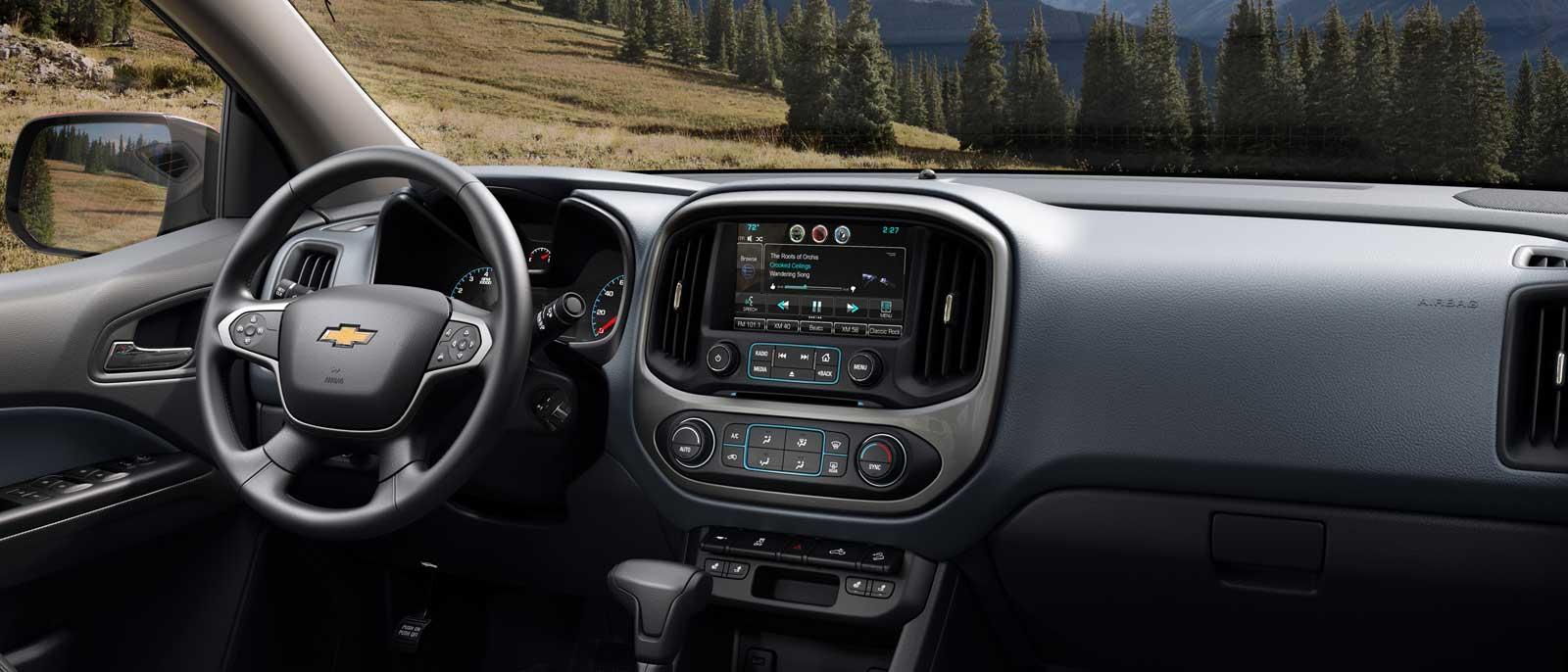 2016 Chevrolet Colorado interior