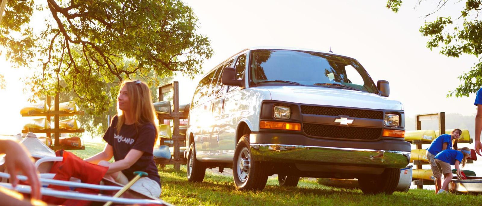 2015 Chevy Express 3500 Passenger
