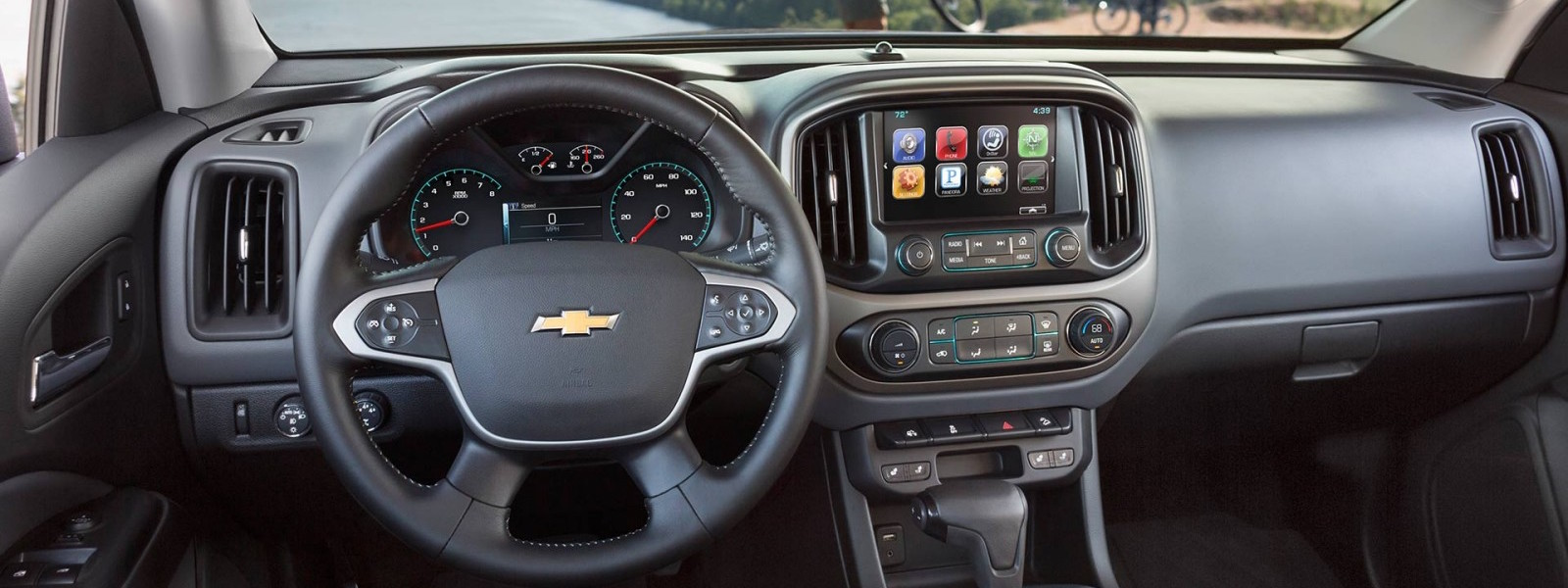 The dashboard of a 2016 Chevy Colorado is shown.
