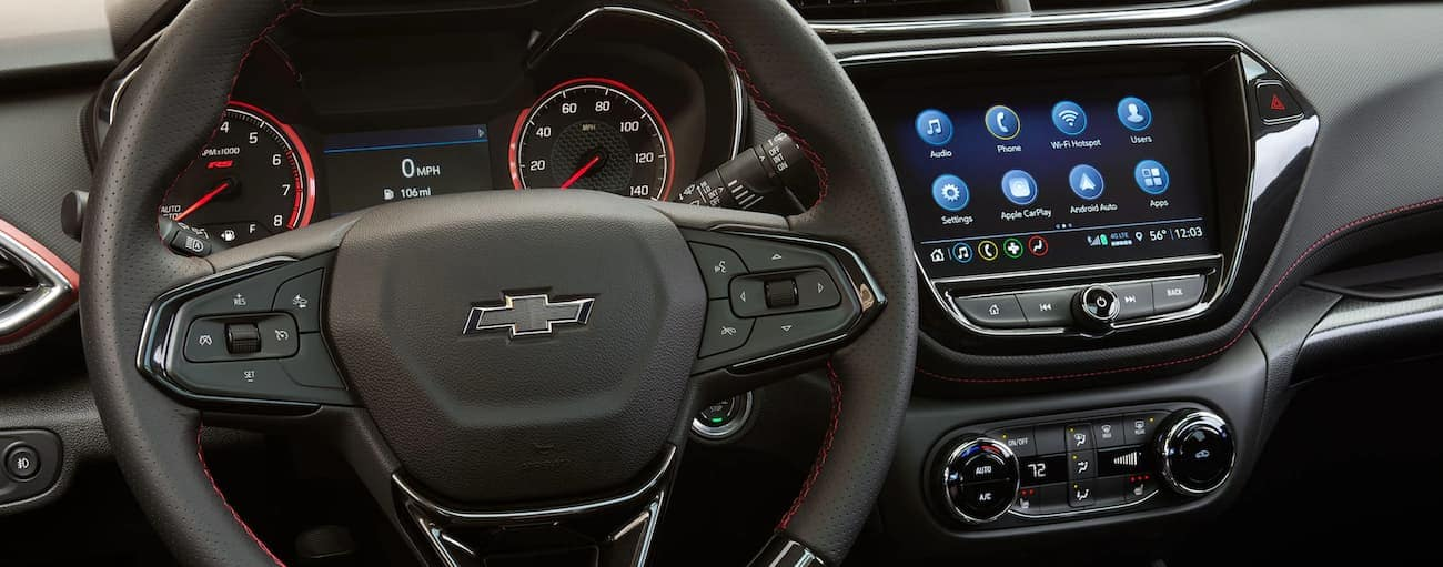The dashboard and infotainment screen on the 2021 Chevy Trailblazer is shown.