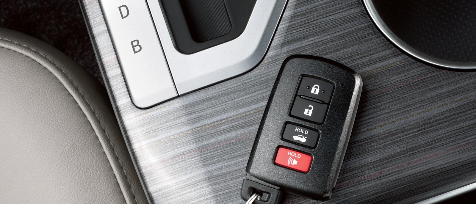 Key to 2015 Toyota Camry Hybrid