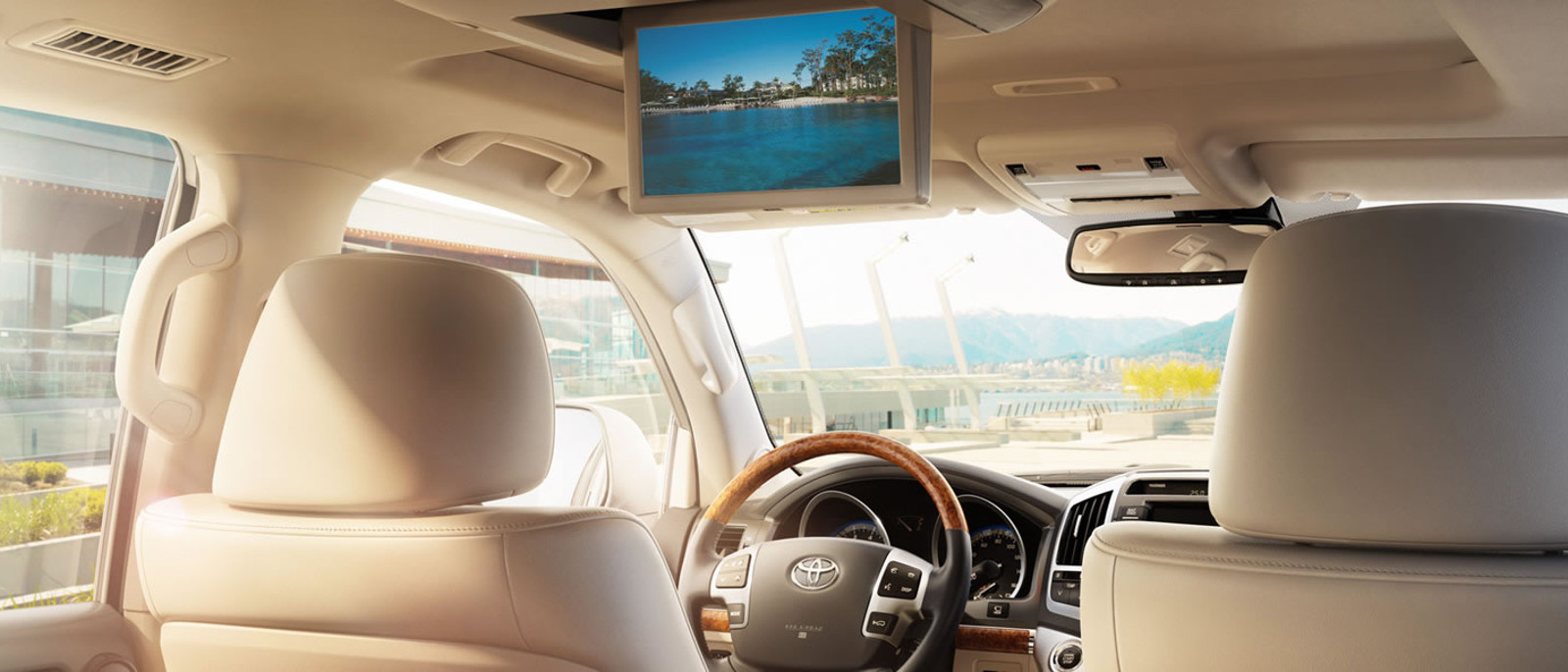2015 Toyota Landcruiser Rear Seat DVD