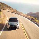 2016-Toyota-Camry-Hybrid