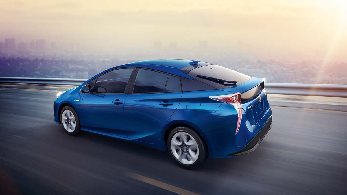 2017-Prius-Four-Touring-Blue-Crush-Metallic
