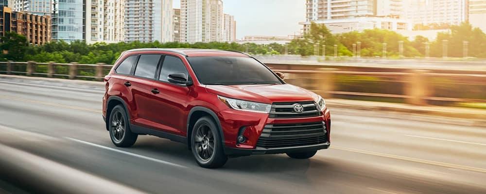 2020 Toyota Highlander Red