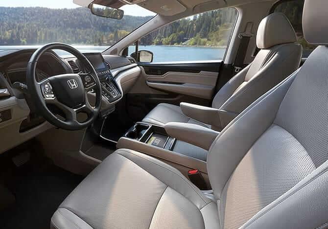 2019 Honda Odyssey front interior seating