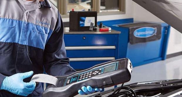Honda tech testing car battery