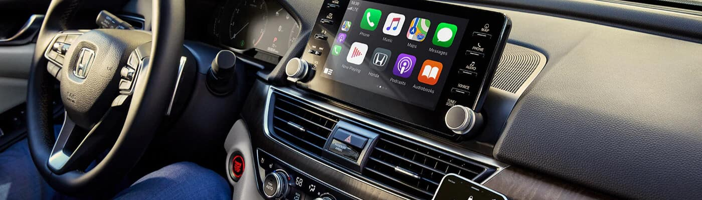 Honda dashboard with upgraded technology package