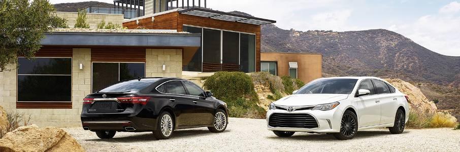 2017 Avalon Sedans