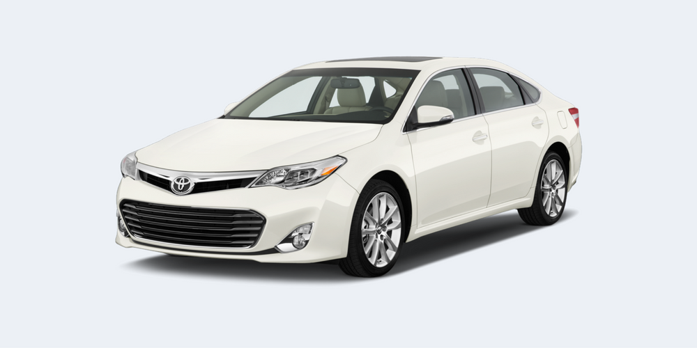 2016 Toyota Avalon model on white (1)