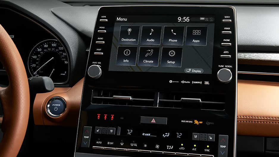Technology Features of the New Toyota Avalon at Garber in Waukegan, IL
